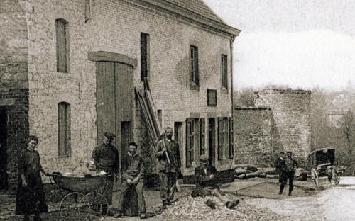 Ruines de la tour du château Fabry